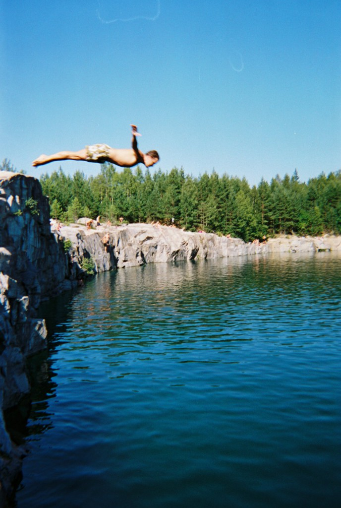 dive in the water